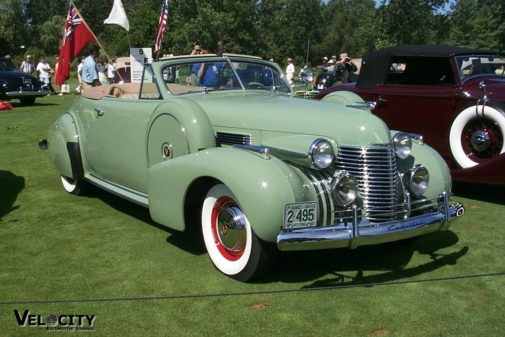1940 Cadillac 90 Convertible Coupe