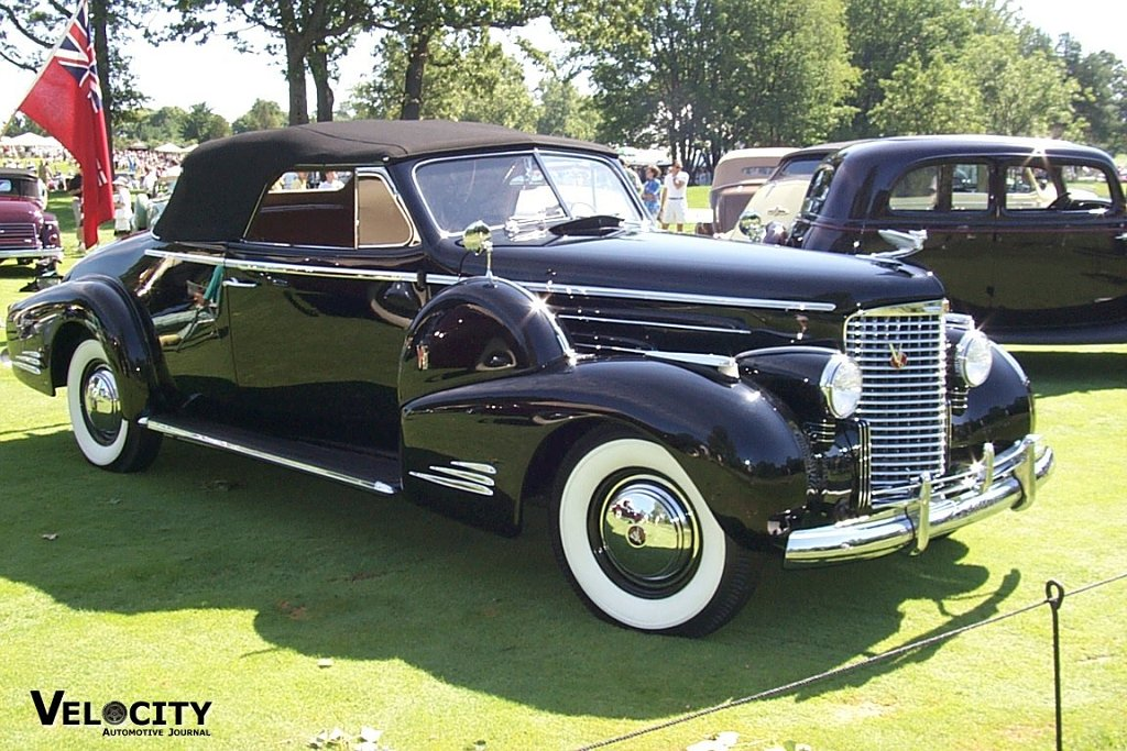1938 Cadillac Convertible Coupe