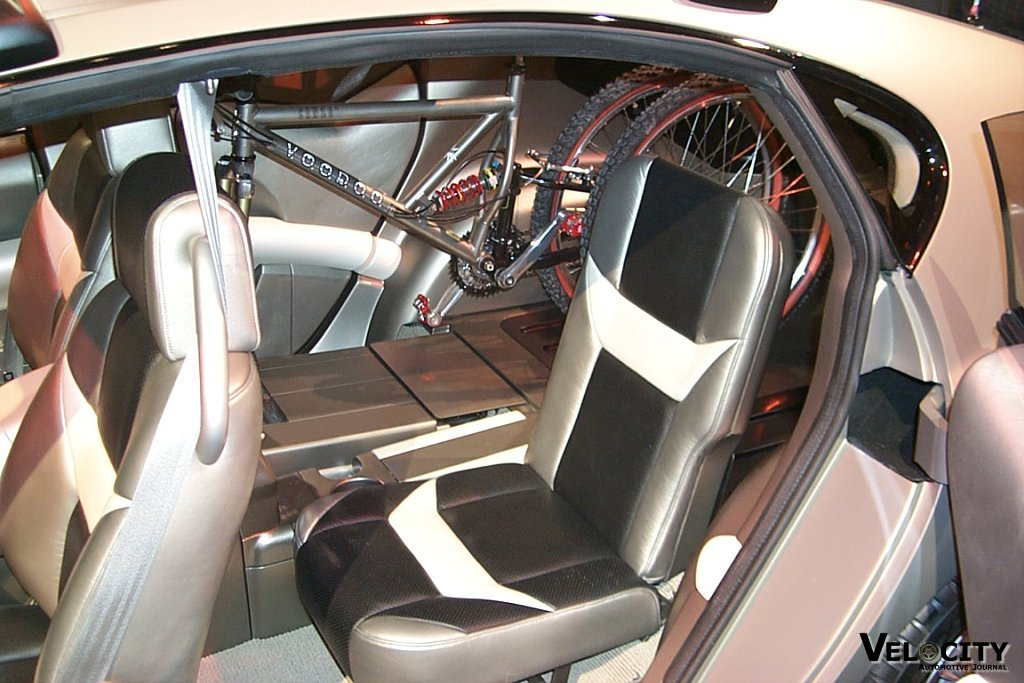 2000 Hyundai HCD 5 Crosstour Concept interior
