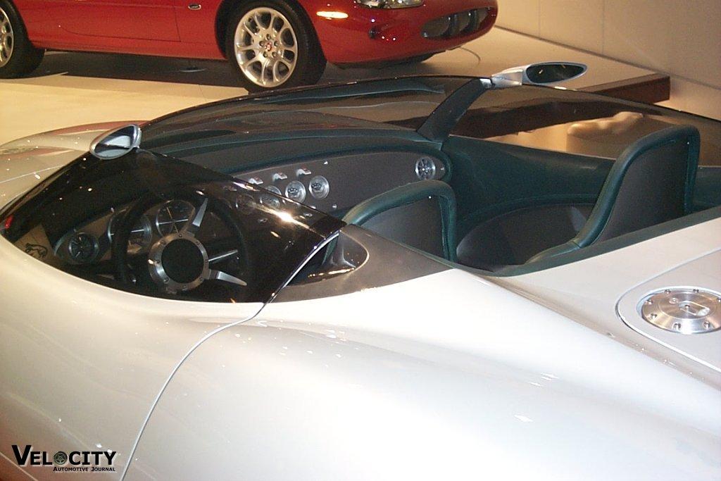 2000 Jaguar F-type Concept interior