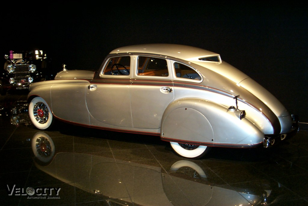 1933 Pierce-Arrow v12 Silver Arrow Sedan