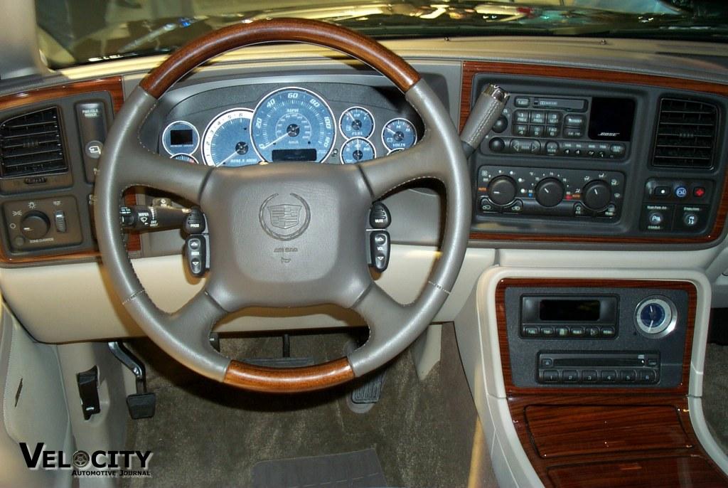2002 Cadillac Escalade Ext. 2002 Cadillac Escalade EXT