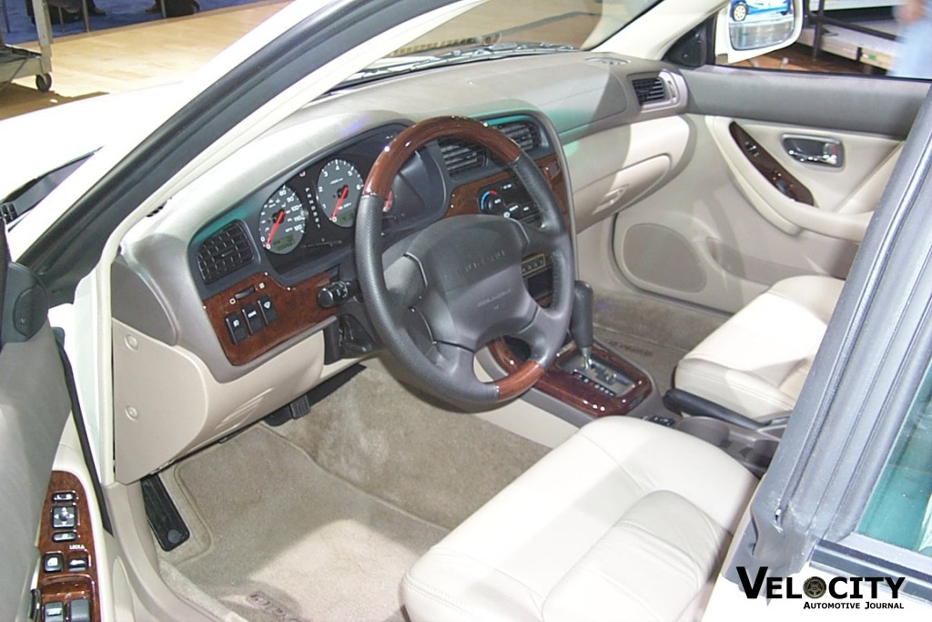 2002 Subaru Outback H6 3.0 Sedan interior