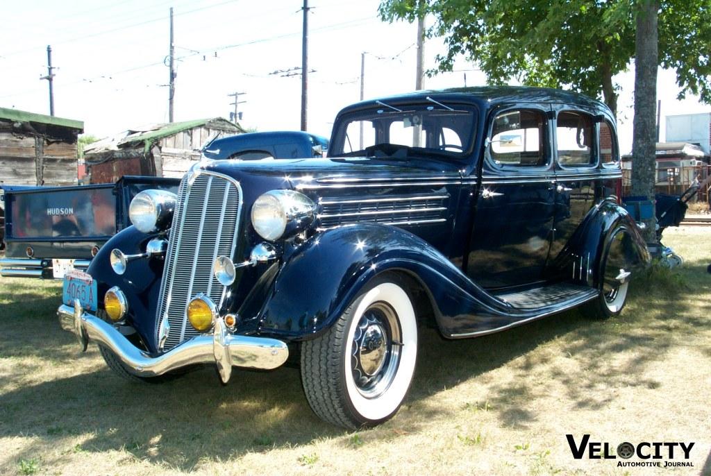 1935 Hudson 8