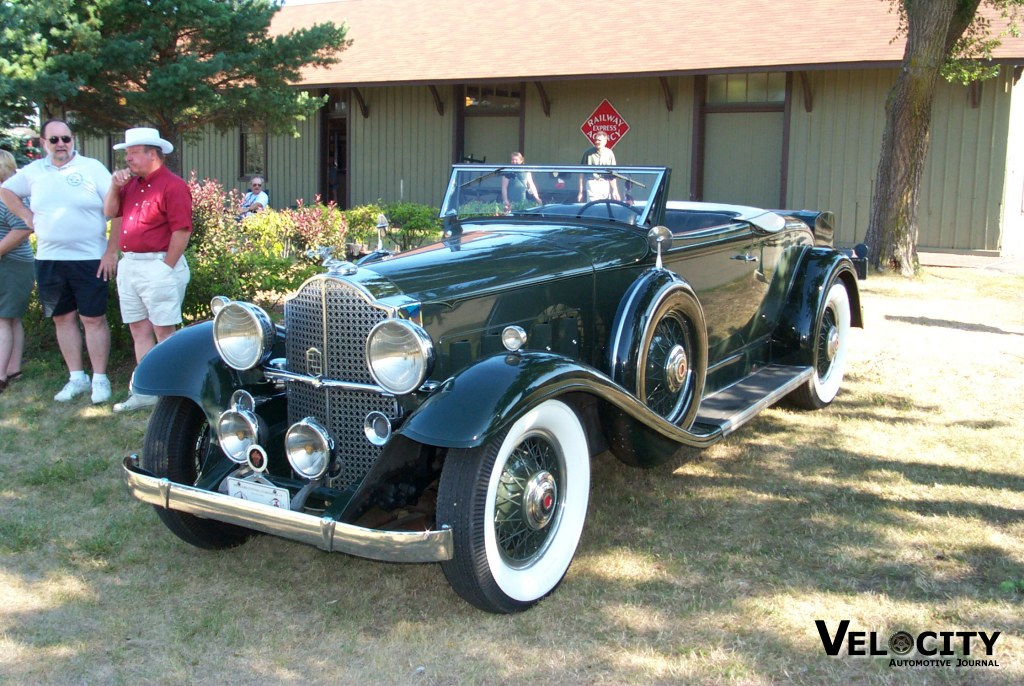 1932 Packard 8