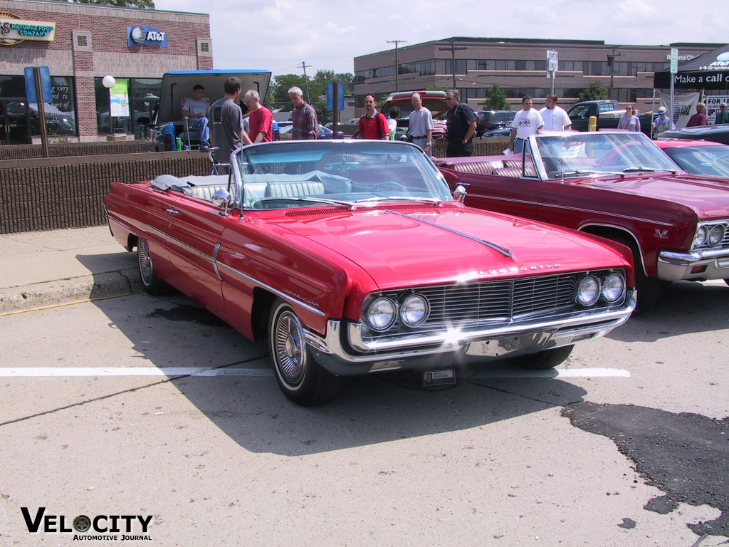 1962 Oldsmobile Super 88 convertible
