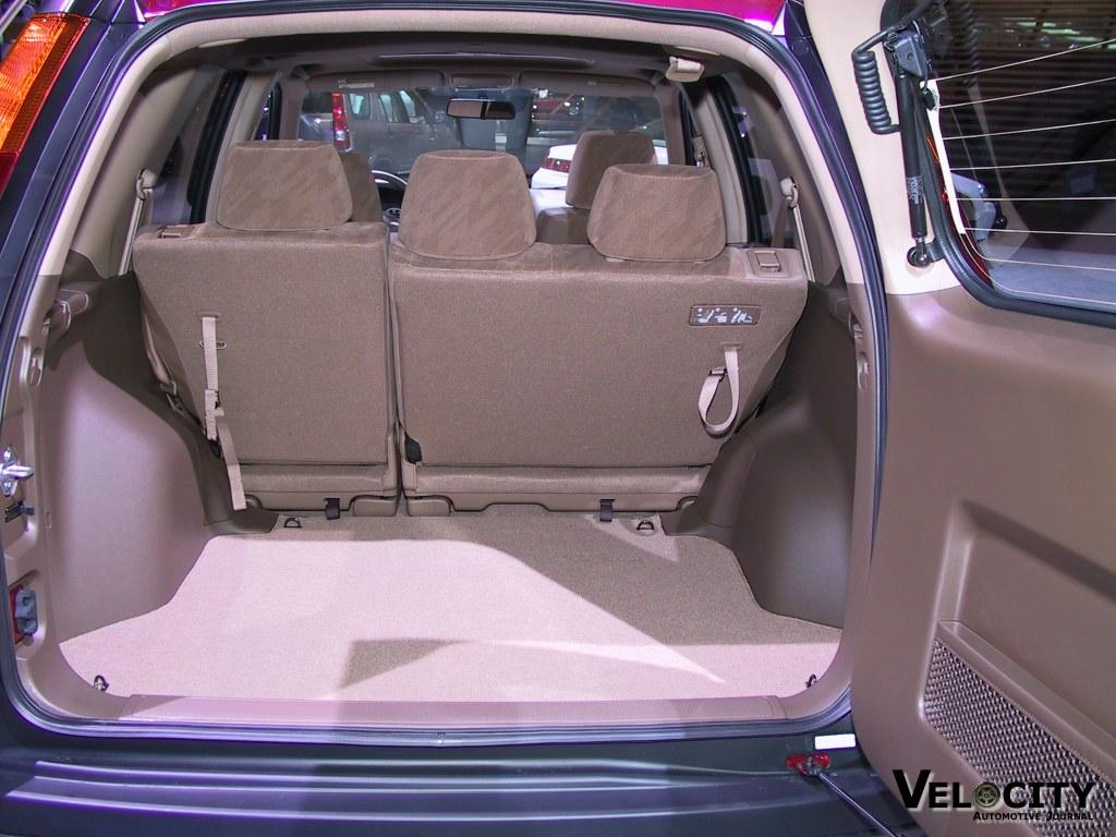 2002 Honda CR-V cargo area