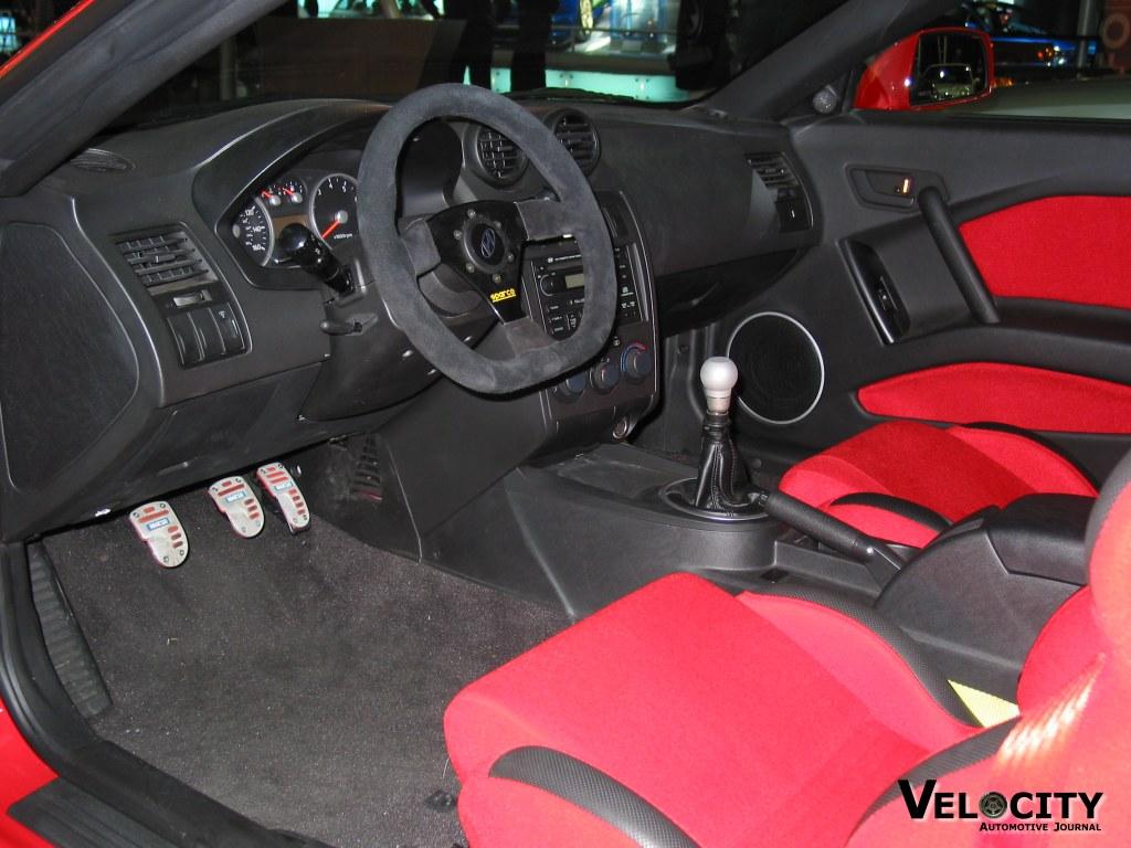 2003 Hyundai Tiburon GT V interior