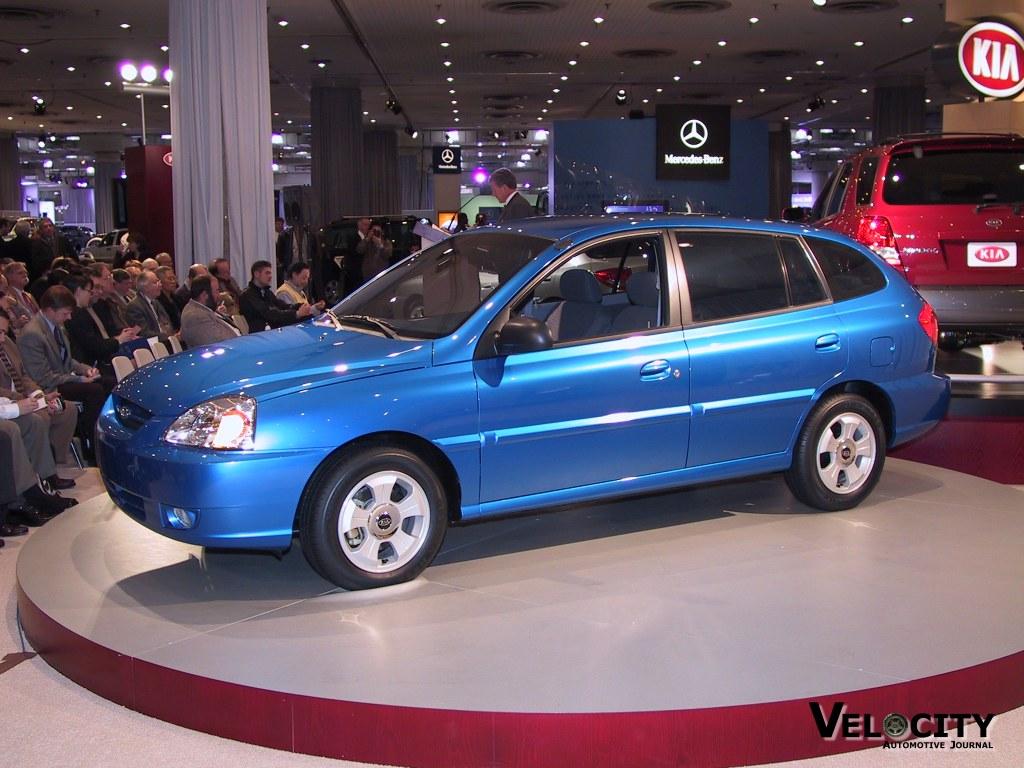 2003 Kia Rio Cinco