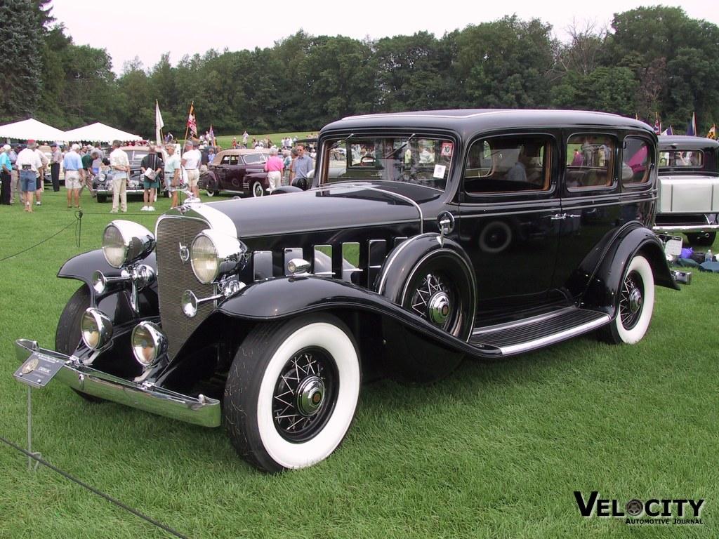 1932 Cadillac V-12 7-Passenger Limousine