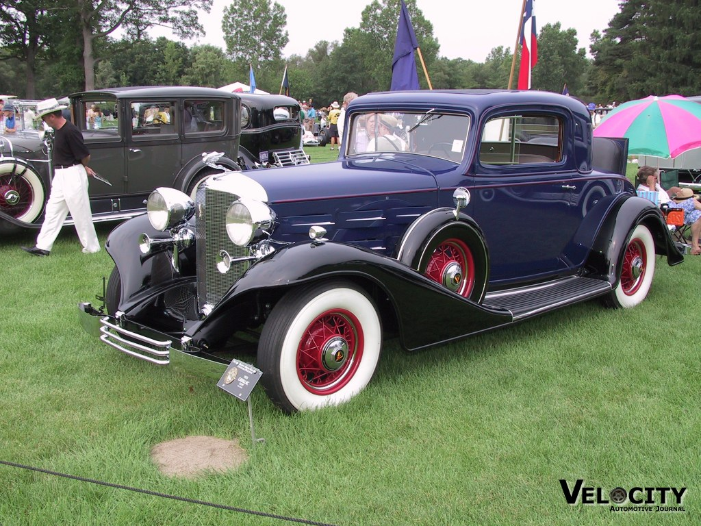 1933 Cadillac coupe
