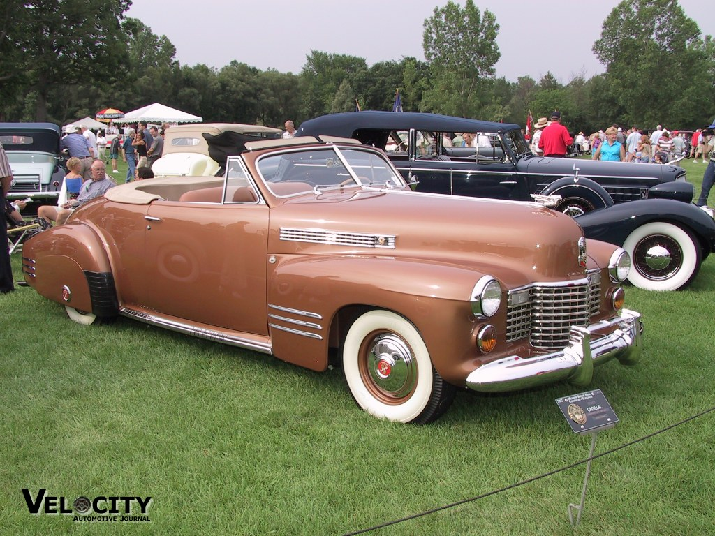 1941 Cadillac Convertible Coupe Model 6267D