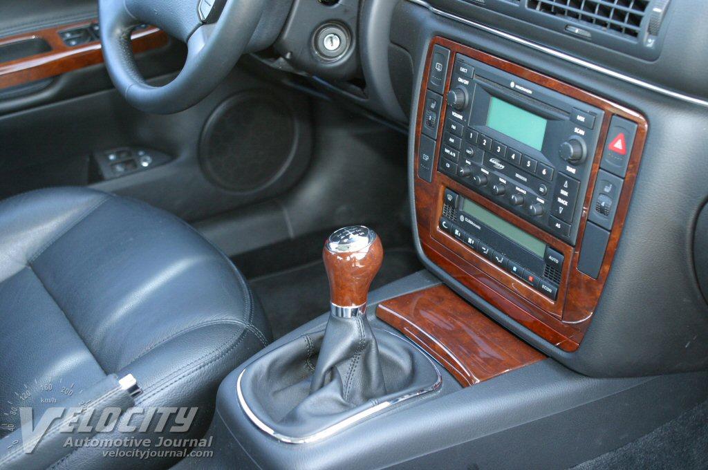 2003 Volkswagen Passat W8 Interior