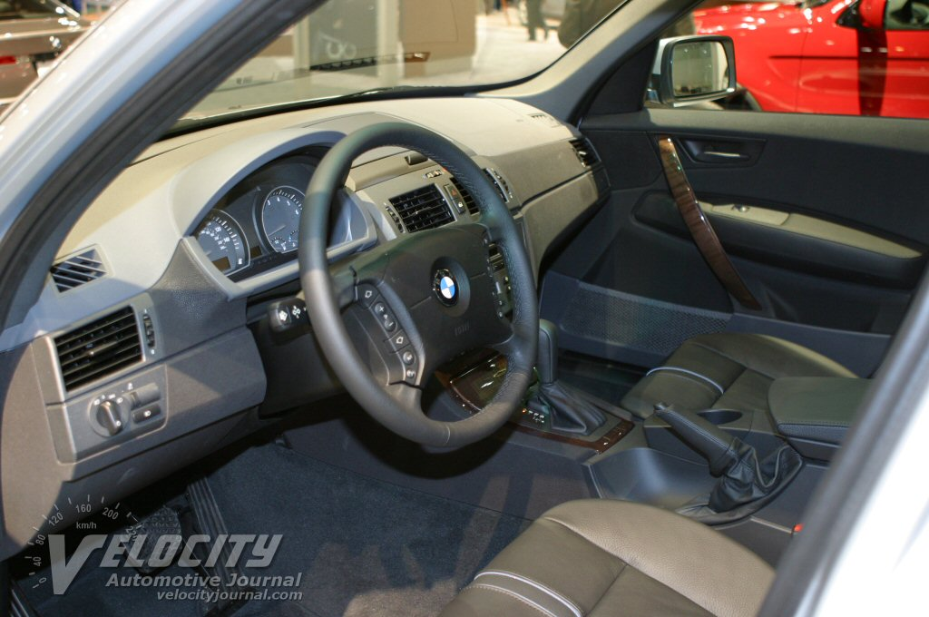 2004 BMW X3 Interior