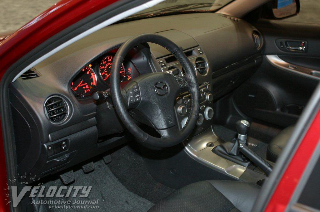2004 Mazda Mazda6 wagon Interior