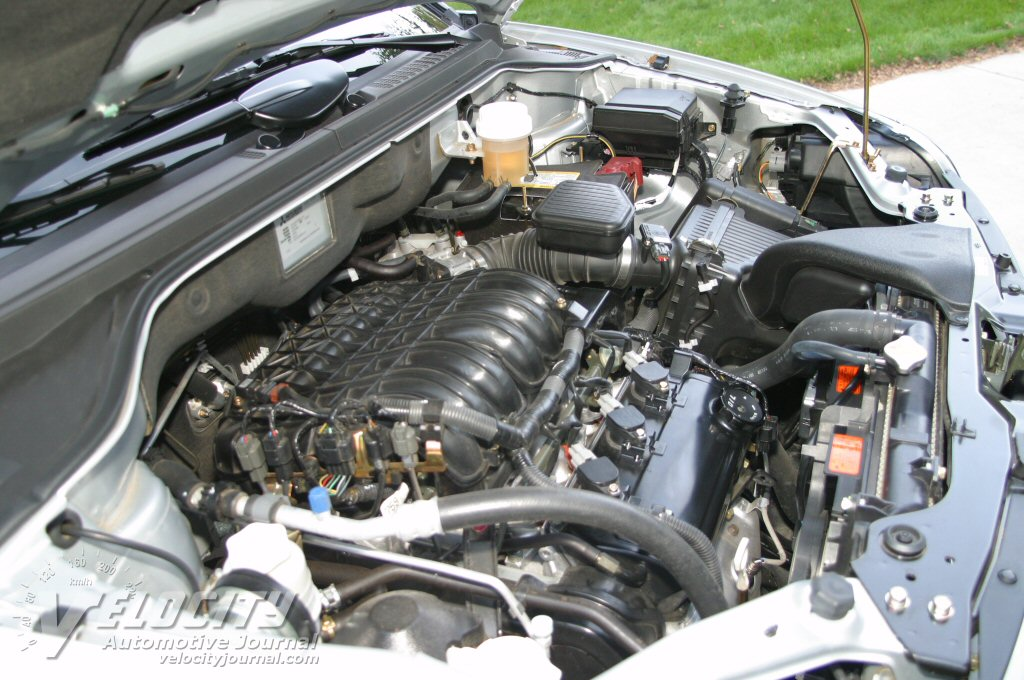 2004 Mitsubishi Endeavor Engine