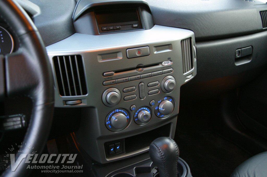 2004 Mitsubishi Endeavor Instrumentation