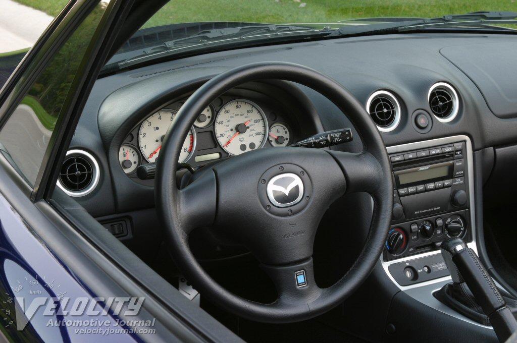 2003 Mazda Miata Instrumentation