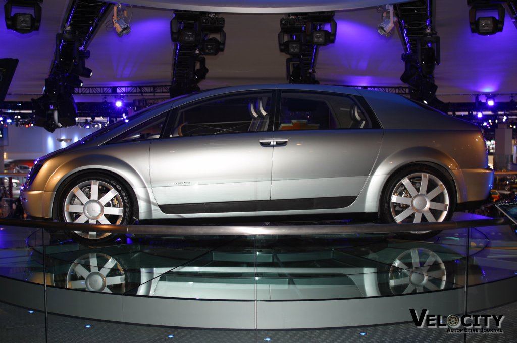 2002 GM Hy-Wire concept