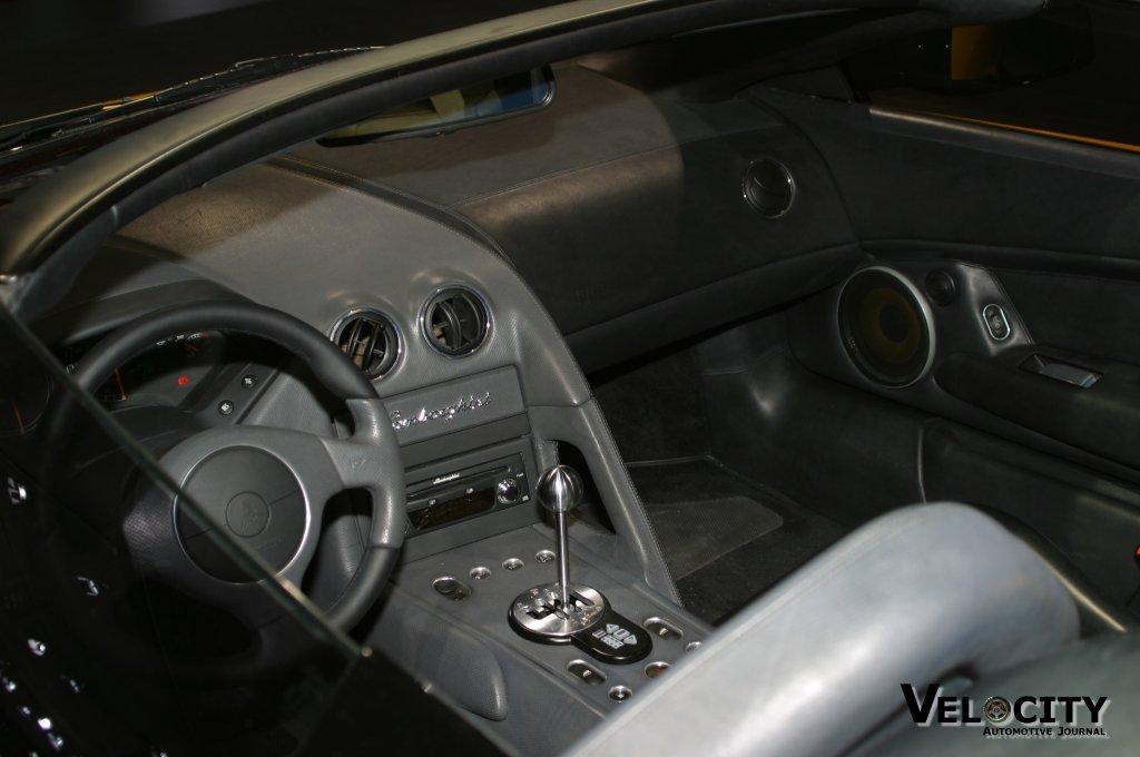 2003 Lamborghini Murcielago Roadster Pictures