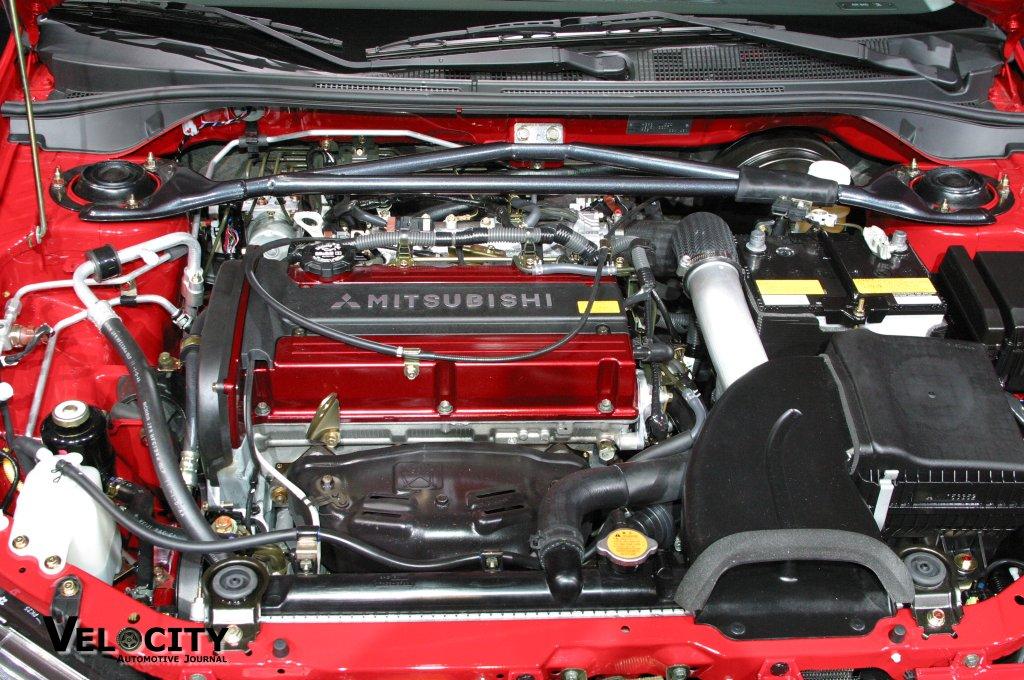2004 Mitsubishi Lancer Evolution engine