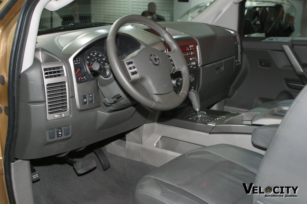 2004 nissan titan interior pictures to pin on pinterest. Black Bedroom Furniture Sets. Home Design Ideas
