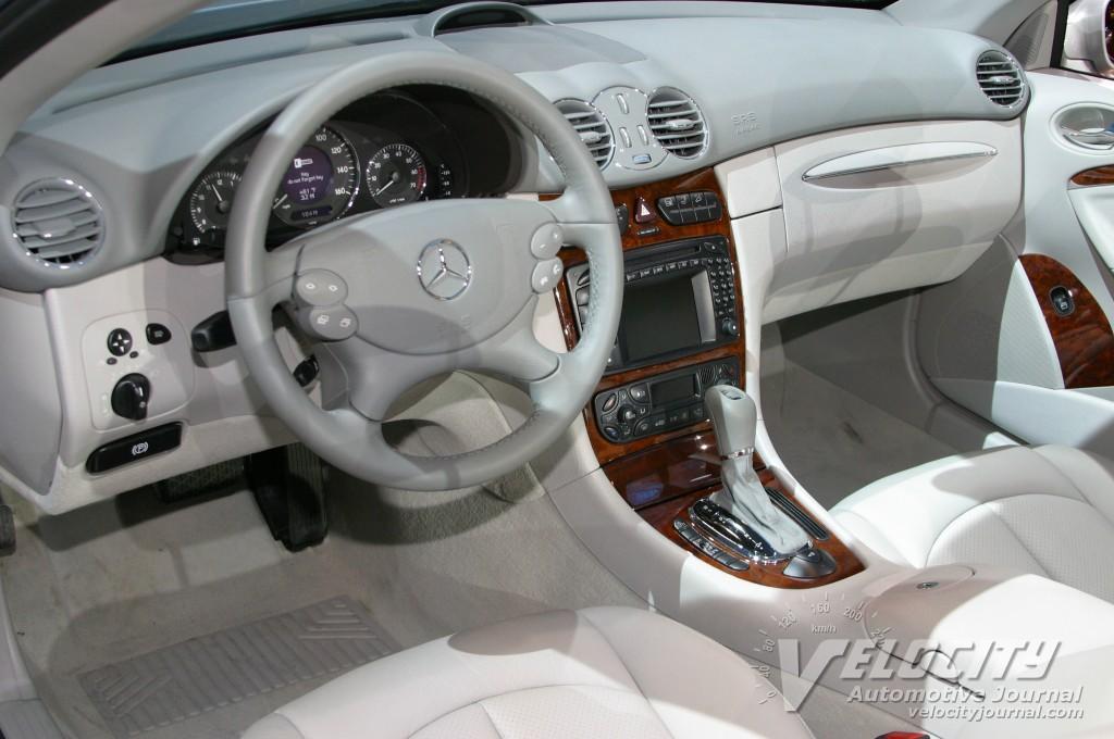 2004 Mercedes-Benz CLK500 convertible interior
