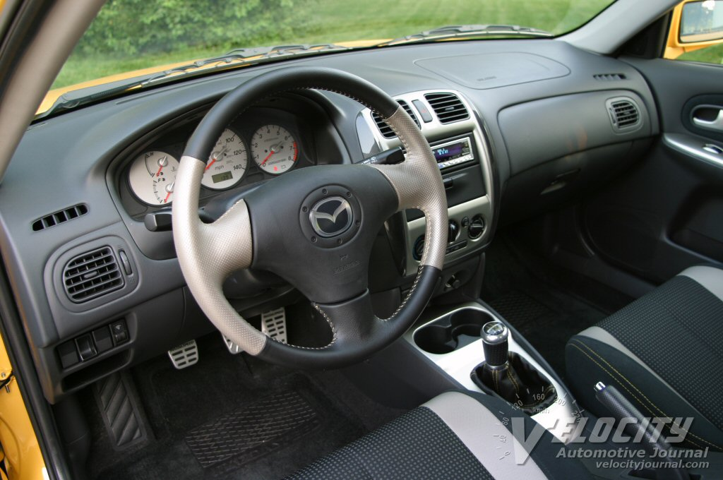 2003.5 Mazda Mazdaspeed Prot�g� interior