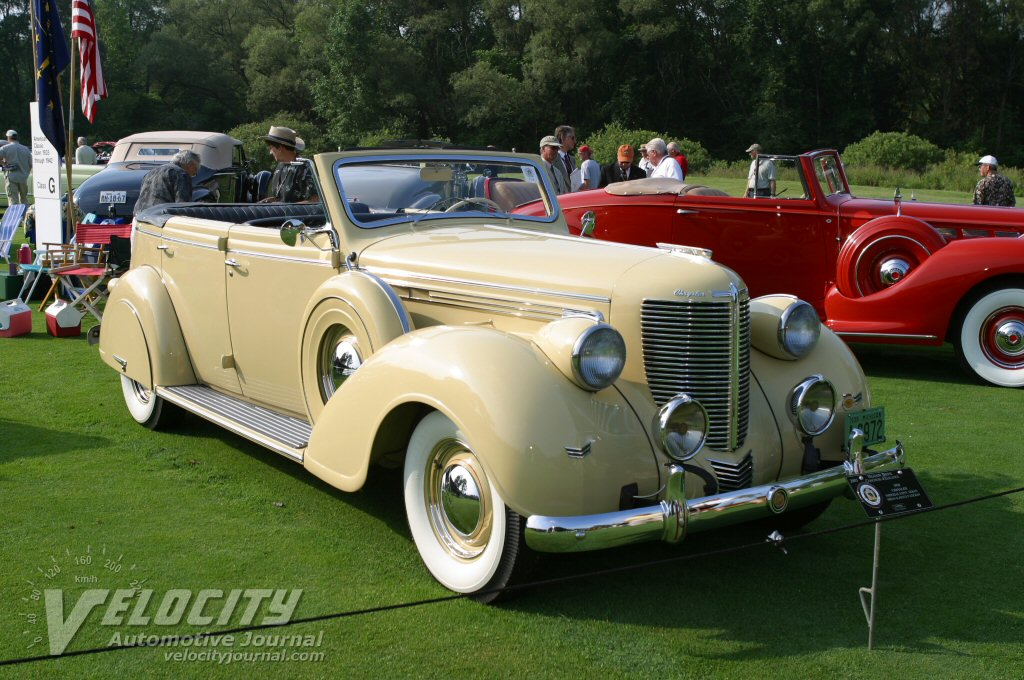 1938 Chrysler Imperial Convertible Sedan