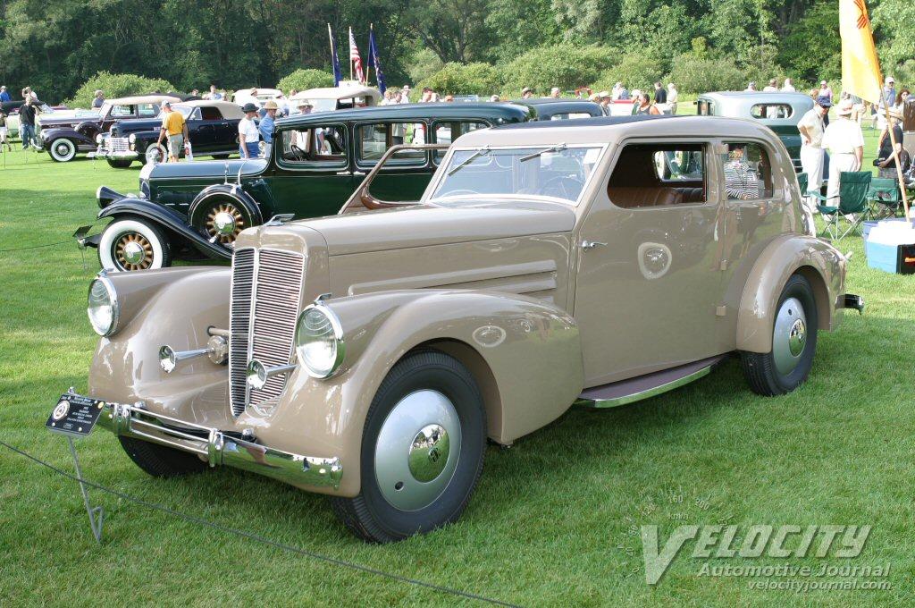 1932 Marmon IICM Special 2 door sedan