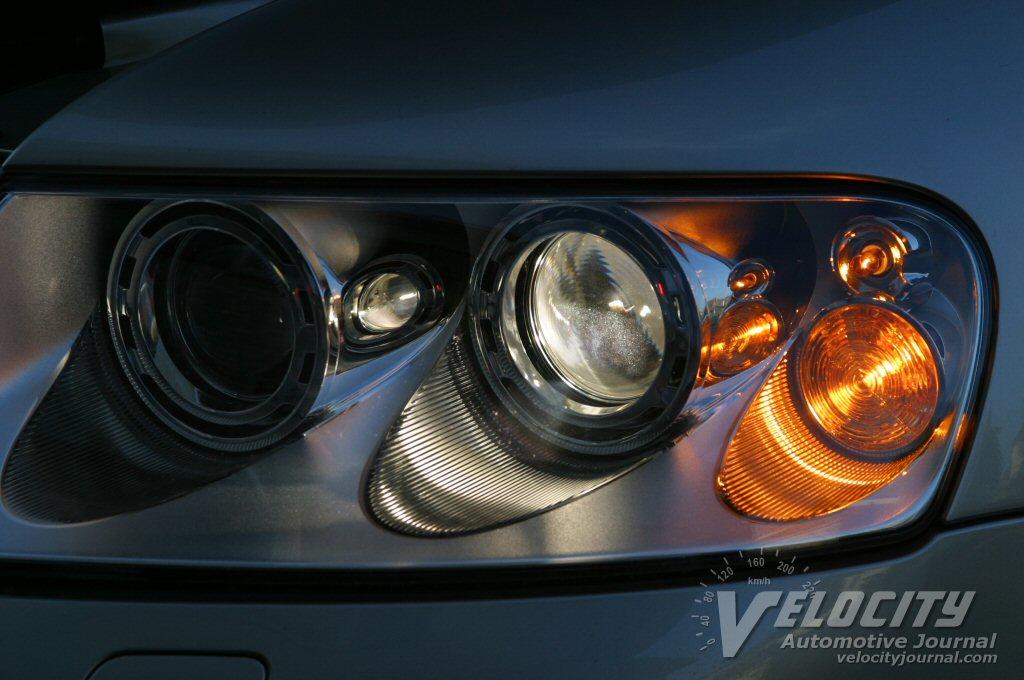 2004 Volkswagen Touareg V8 headlamps