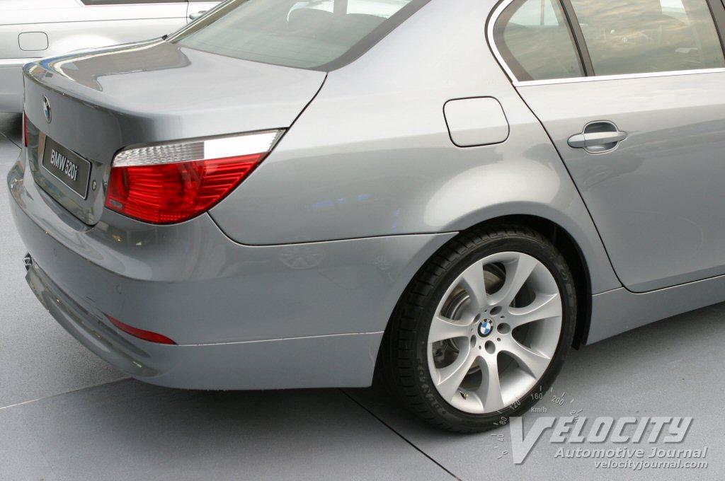 2004 BMW 520i detail
