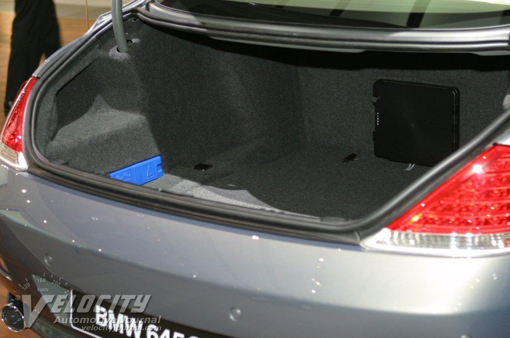 2004 BMW 645Ci cargo