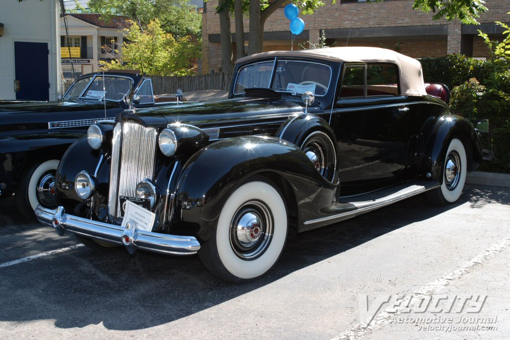 1938 Packard 12 Convertible coupe
