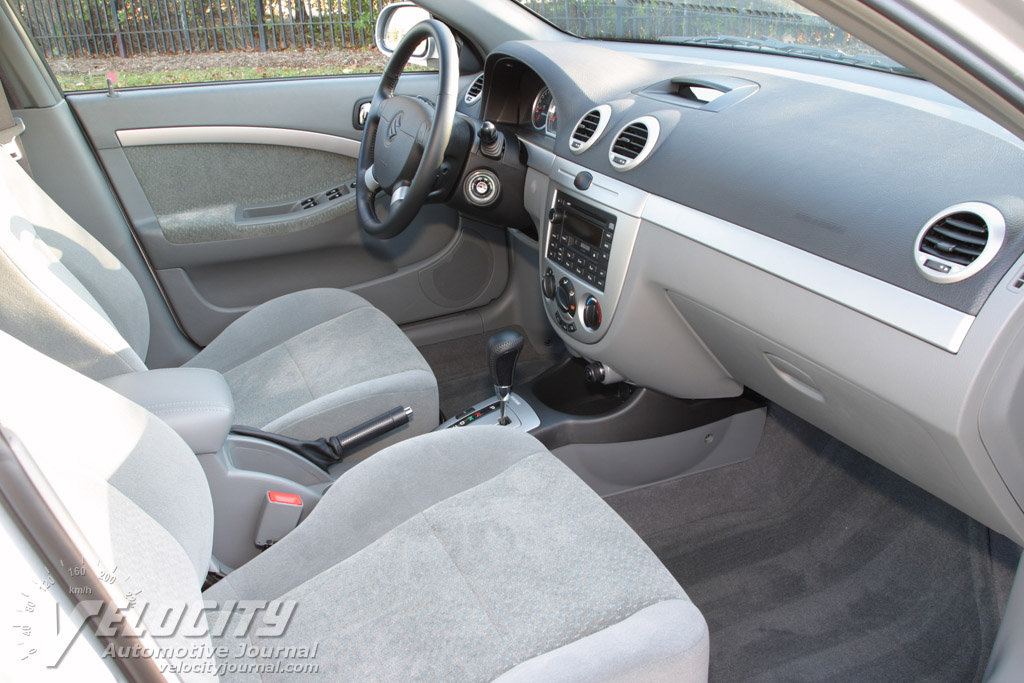 2005 Suzuki Forenza Wagon Interior
