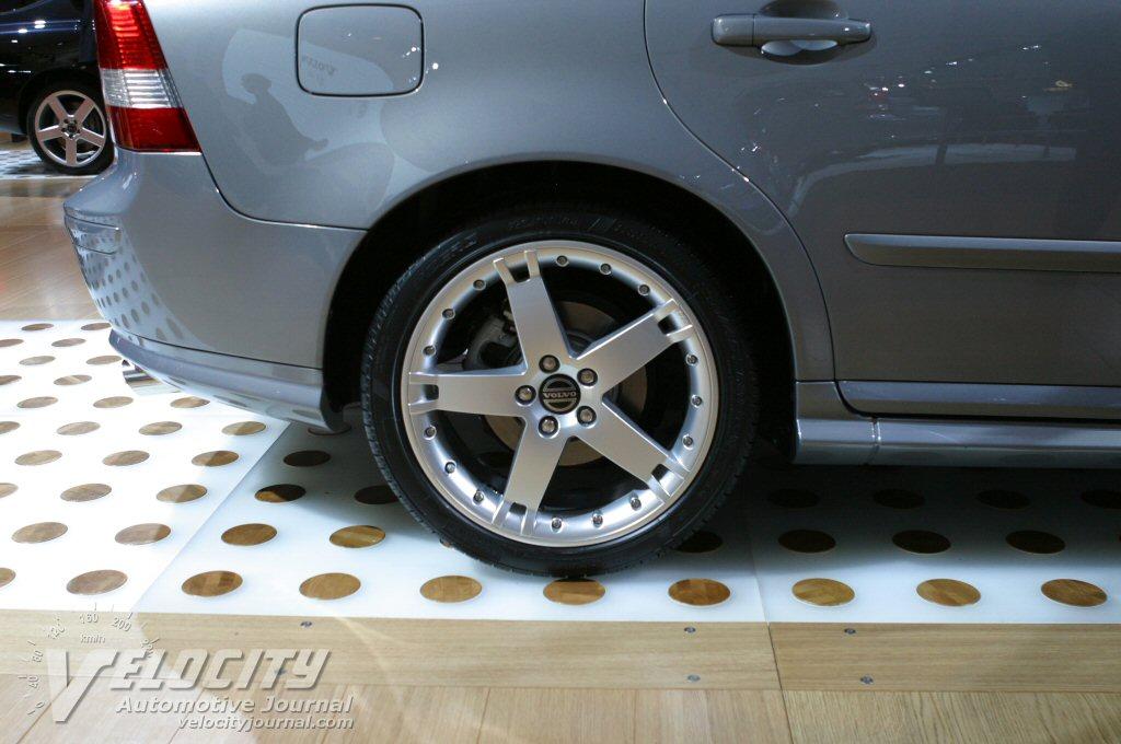 2004.5 Volvo S40 Wheel
