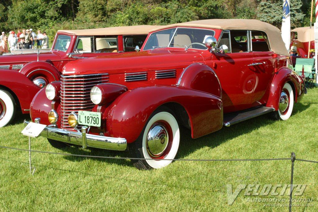 1938 Cadillac Series 60 sport convertible
