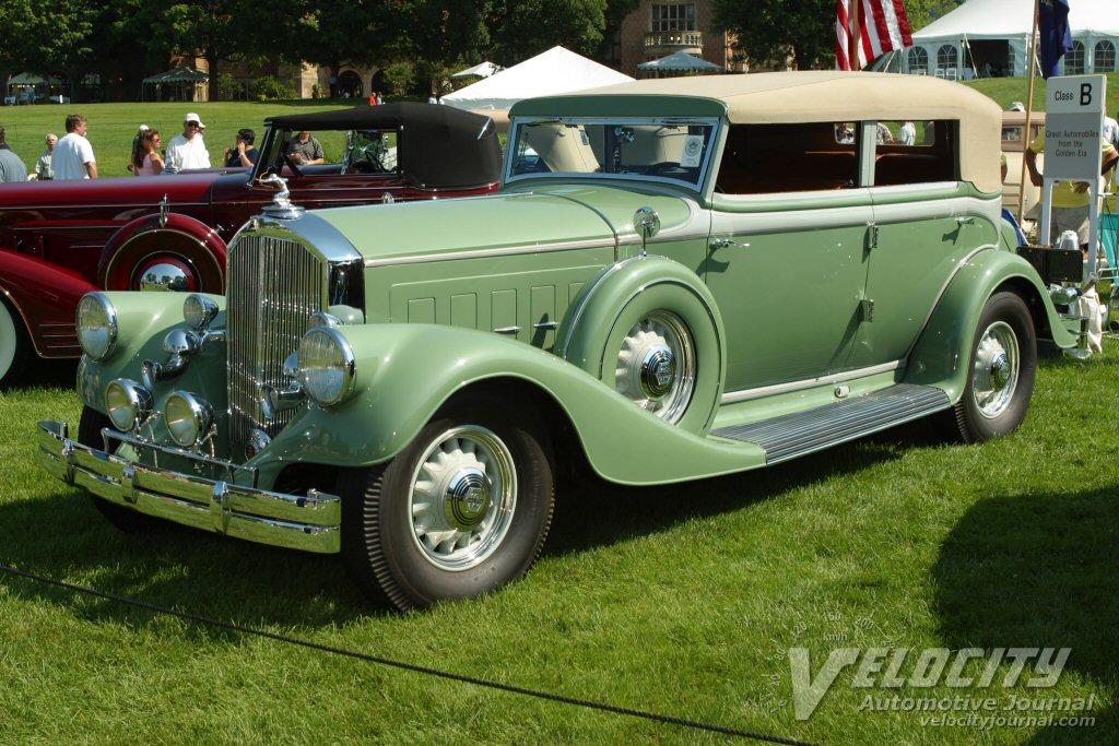 1933 Pierce-Arrow Convertible Sedan