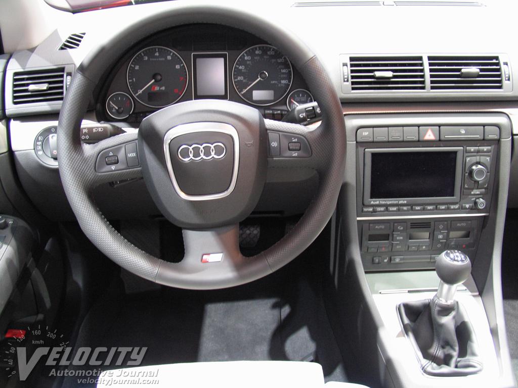 2005 Audi S4 Sedan Instrumentation