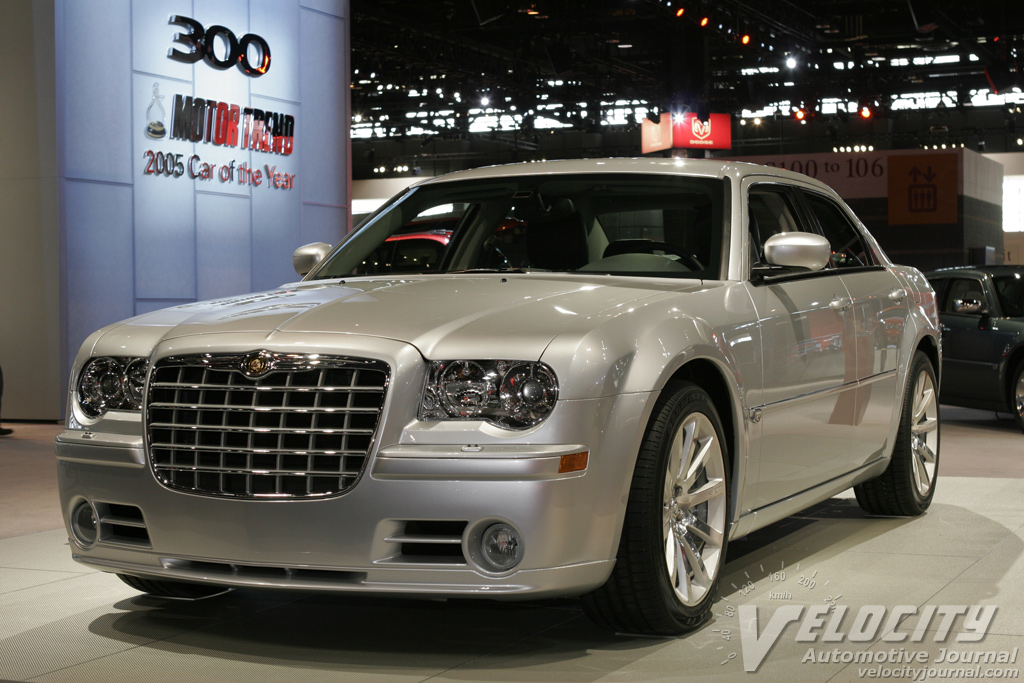 2005 Chrysler 300 SRT8