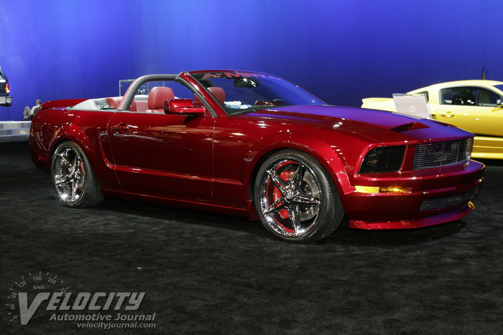 2005 ford mustang convertible red. Black Bedroom Furniture Sets. Home Design Ideas