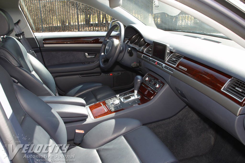 W1 2 interior further 2005 audi s8 interior together with 2005 audi