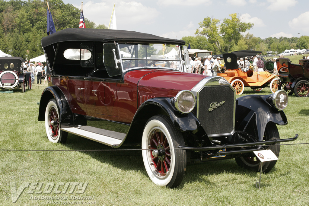 1924 Pierce-Arrow touring