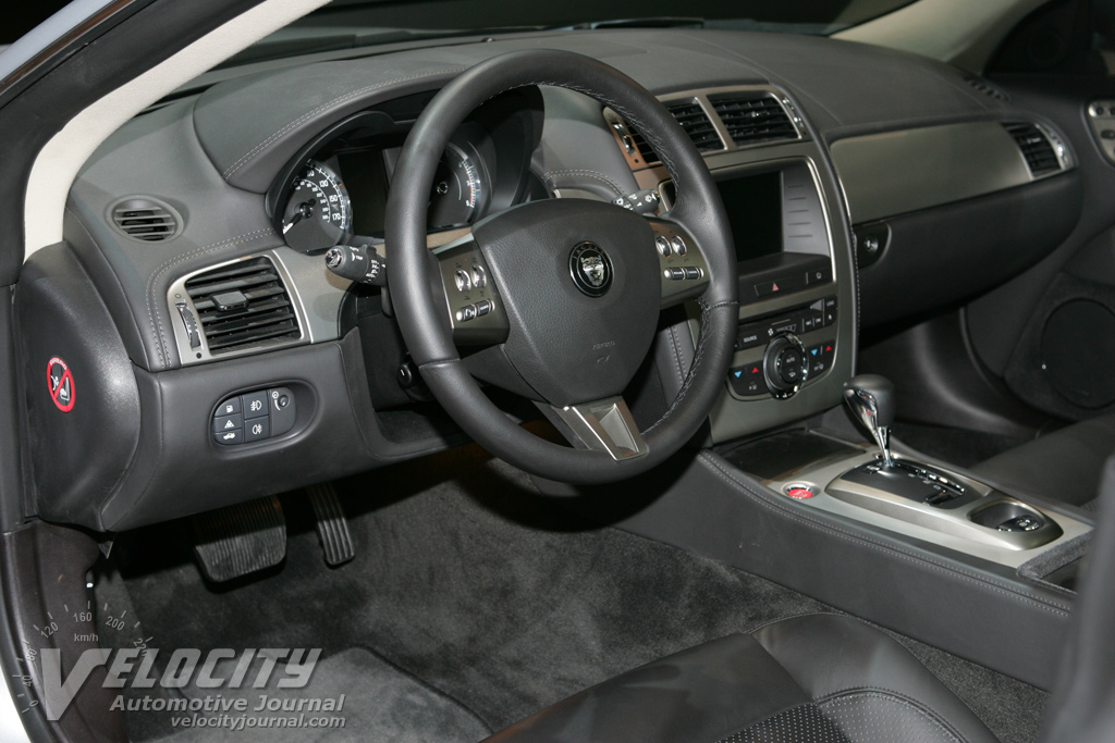 2007 Jaguar XK Instrumentation