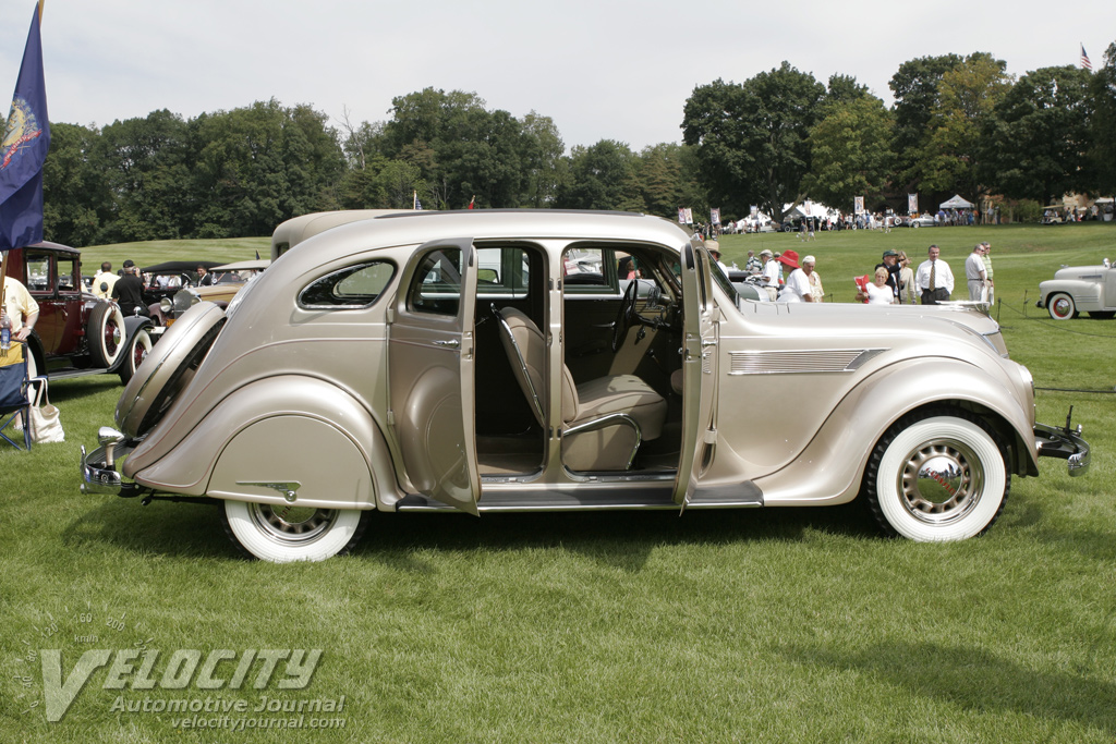 1935 Chrysler C-1 Airflow Sedan