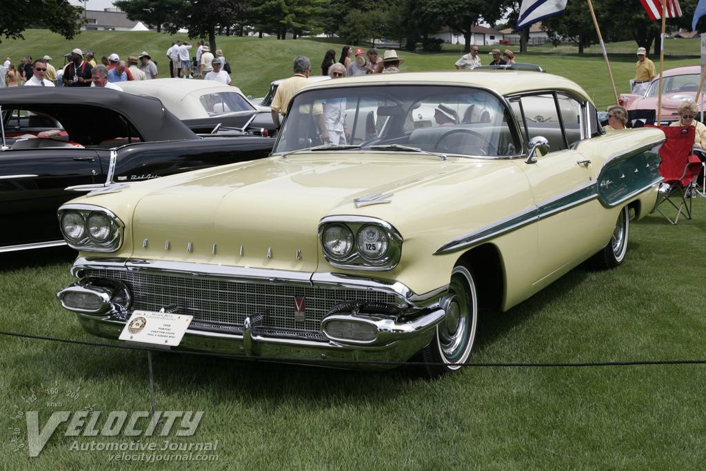 1958 Pontiac Chieftain Coupe