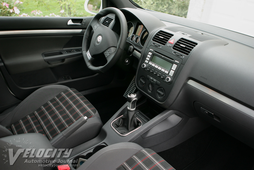 2007 Volkswagen GTI 4-door Interior