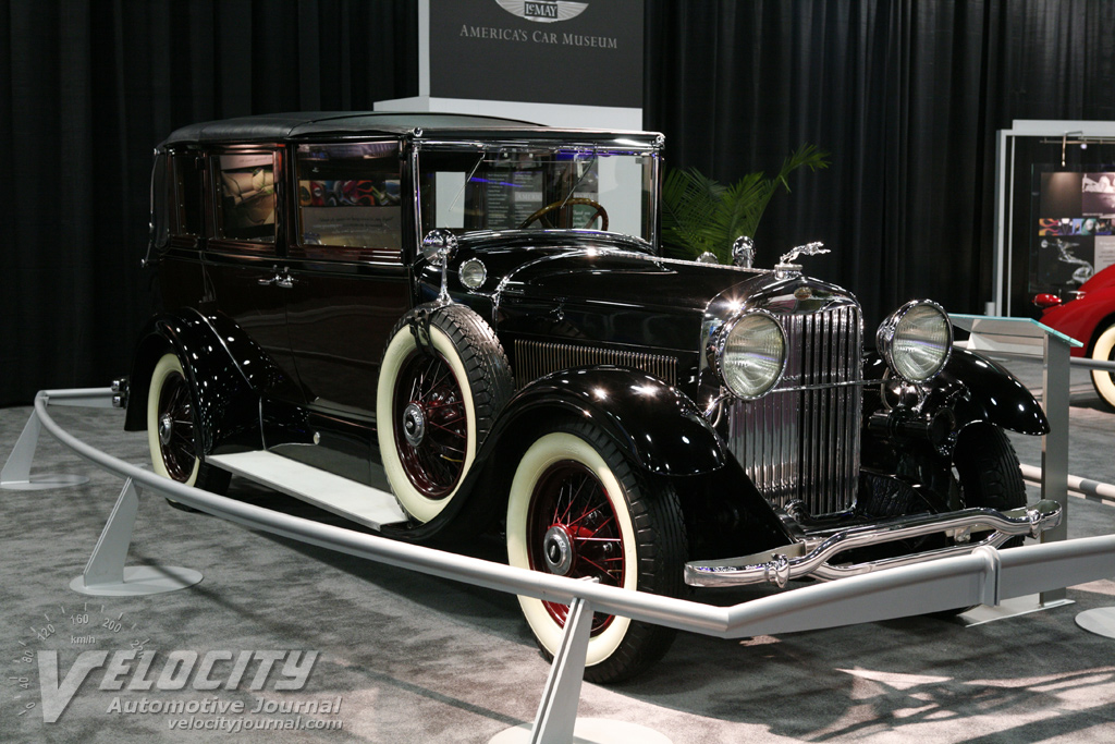 1930 Lincoln Model L Willoughby Limo