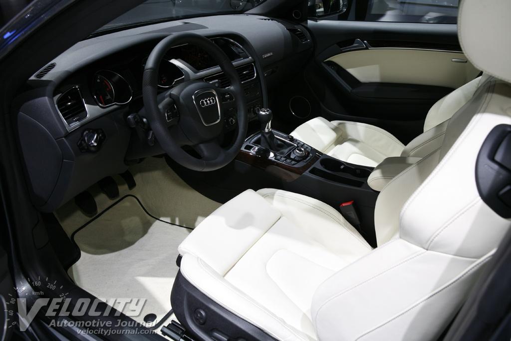 2008 Audi S5 coupe Interior