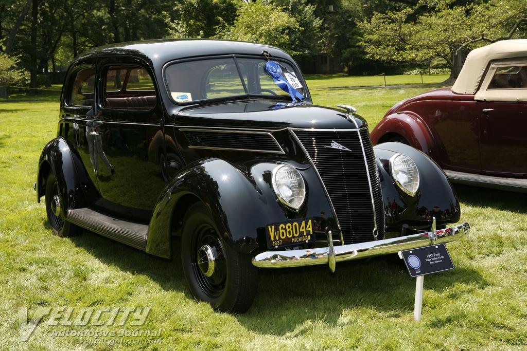 1937 Ford Tudor Sedan V8-60